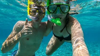 Snorkelling at Nang Yuan